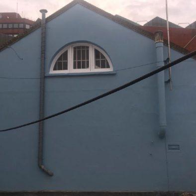 gallery-bluewall